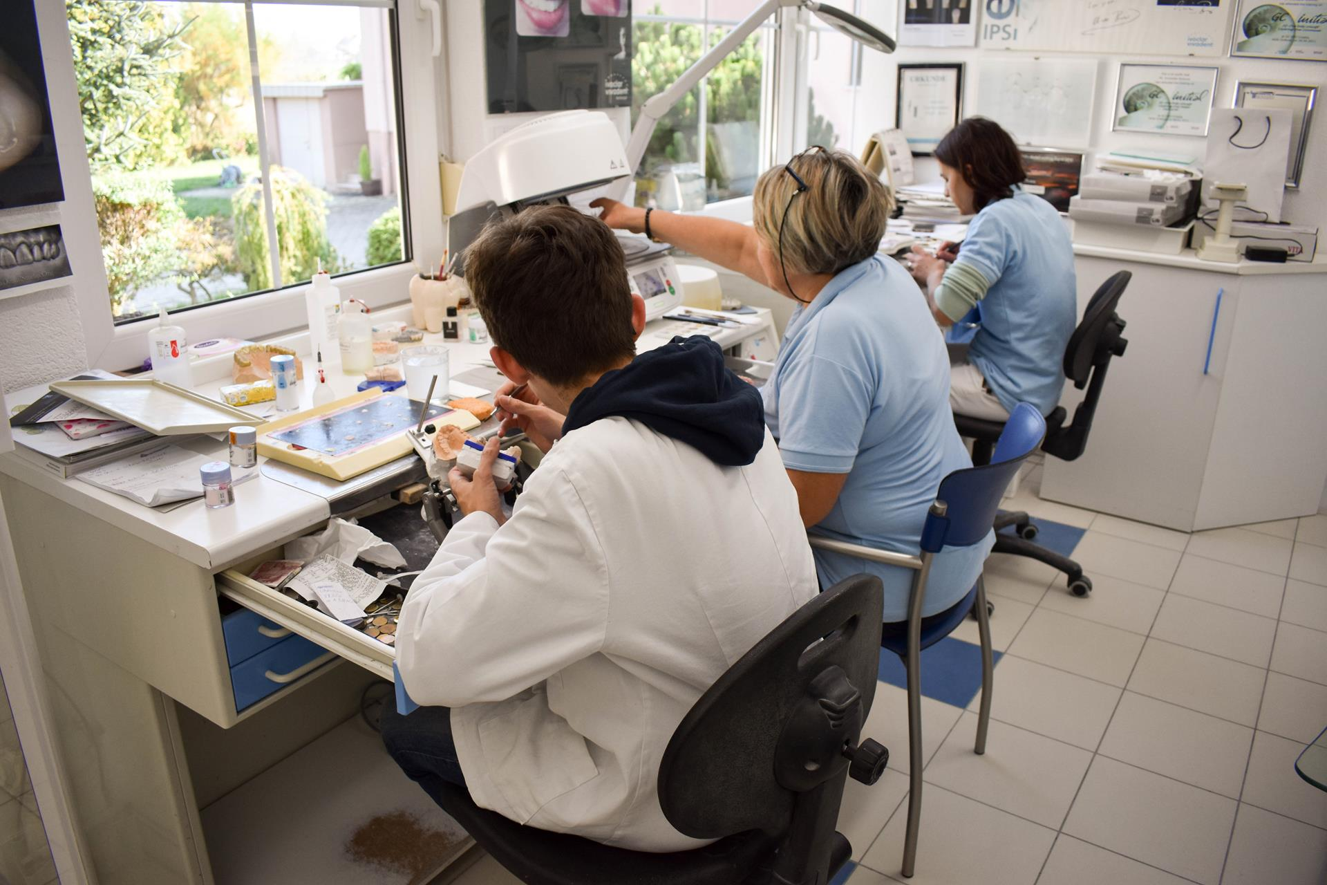 Dentalni laboratorij