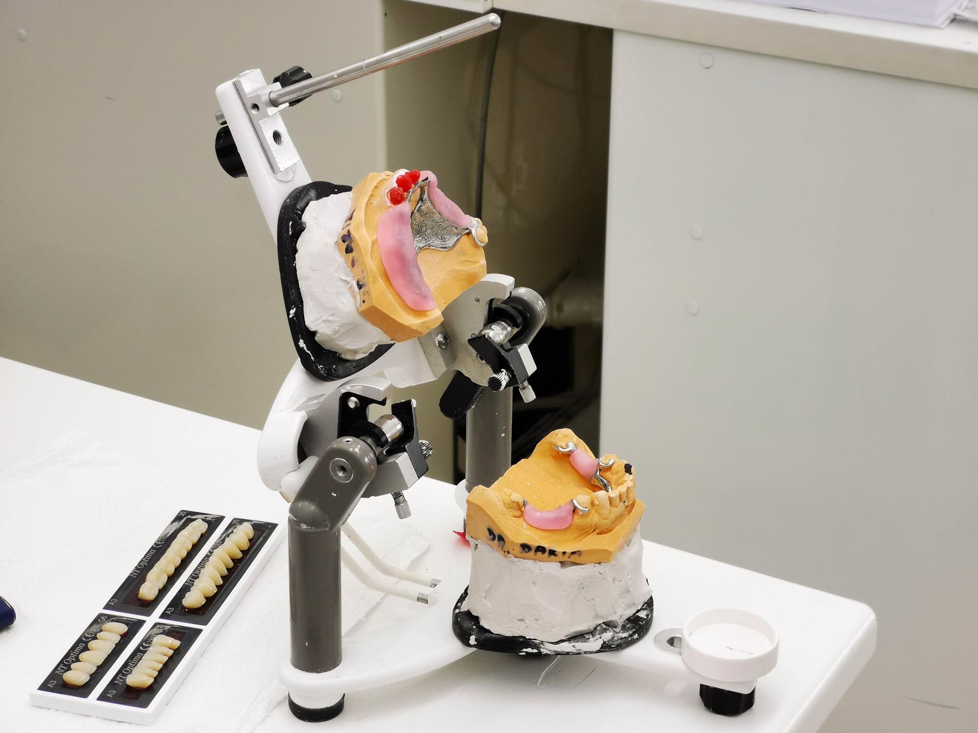 Dentalni laboratorij